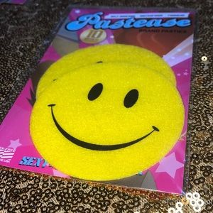 Smiley nipple pasties by pastease